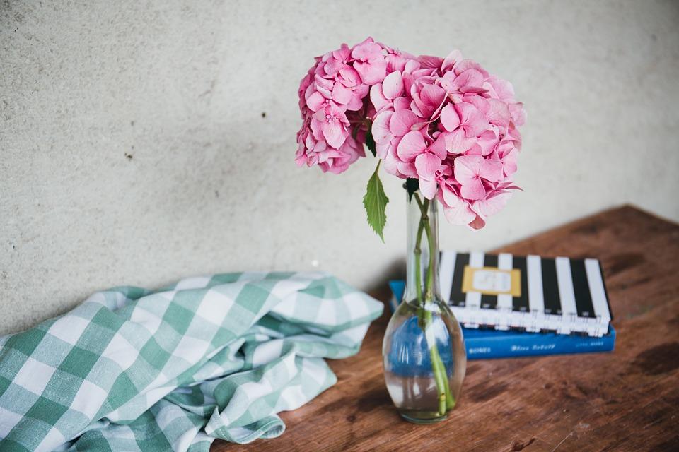 Jak Dłużej Utrzymać Kwiaty Cięte W Wazonie Sposoby Na życie