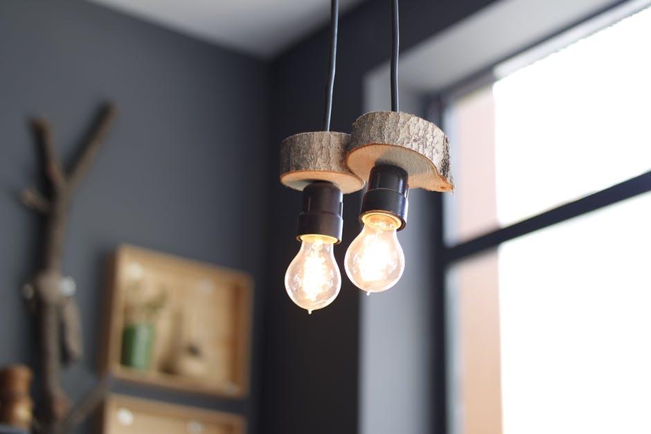 sposoby oszczędzania prądu