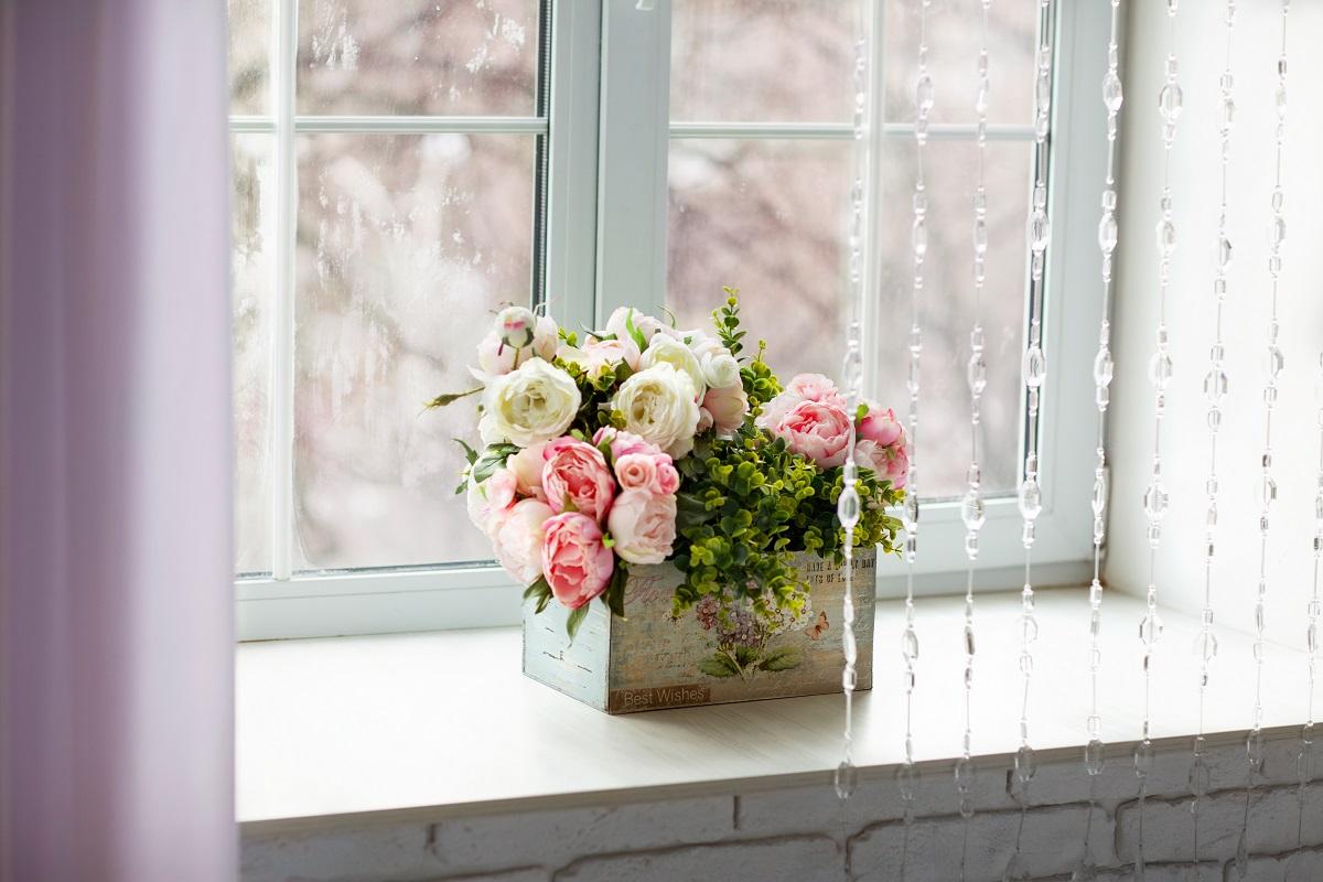 sprawdzone sposoby na czyste okna bez smug