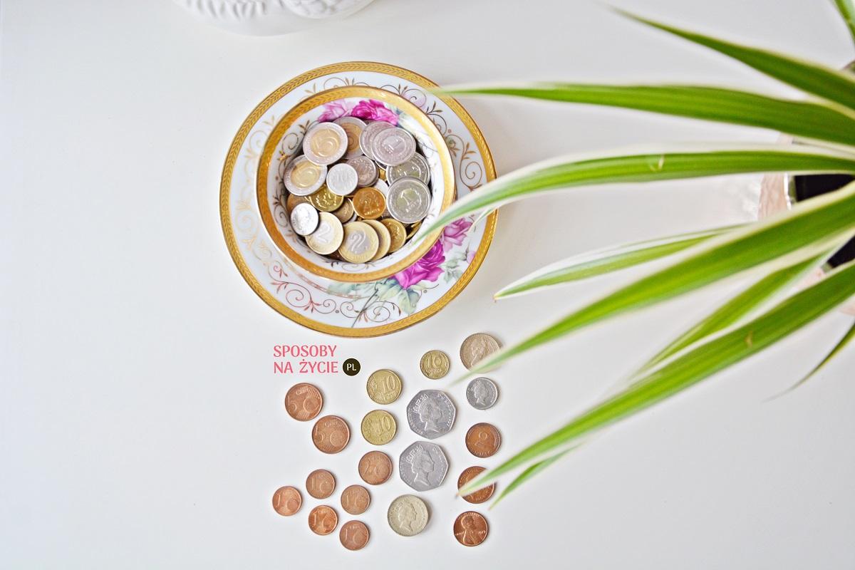 pieniądze znalezione na ulicy