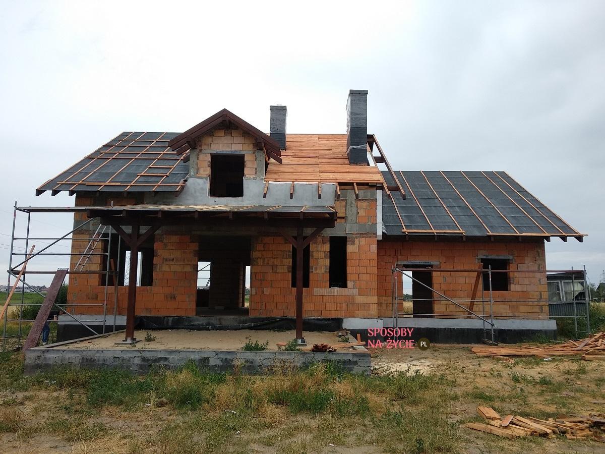 budowa domu - dach, papa, deskowanie blog sposobynazycie.pl