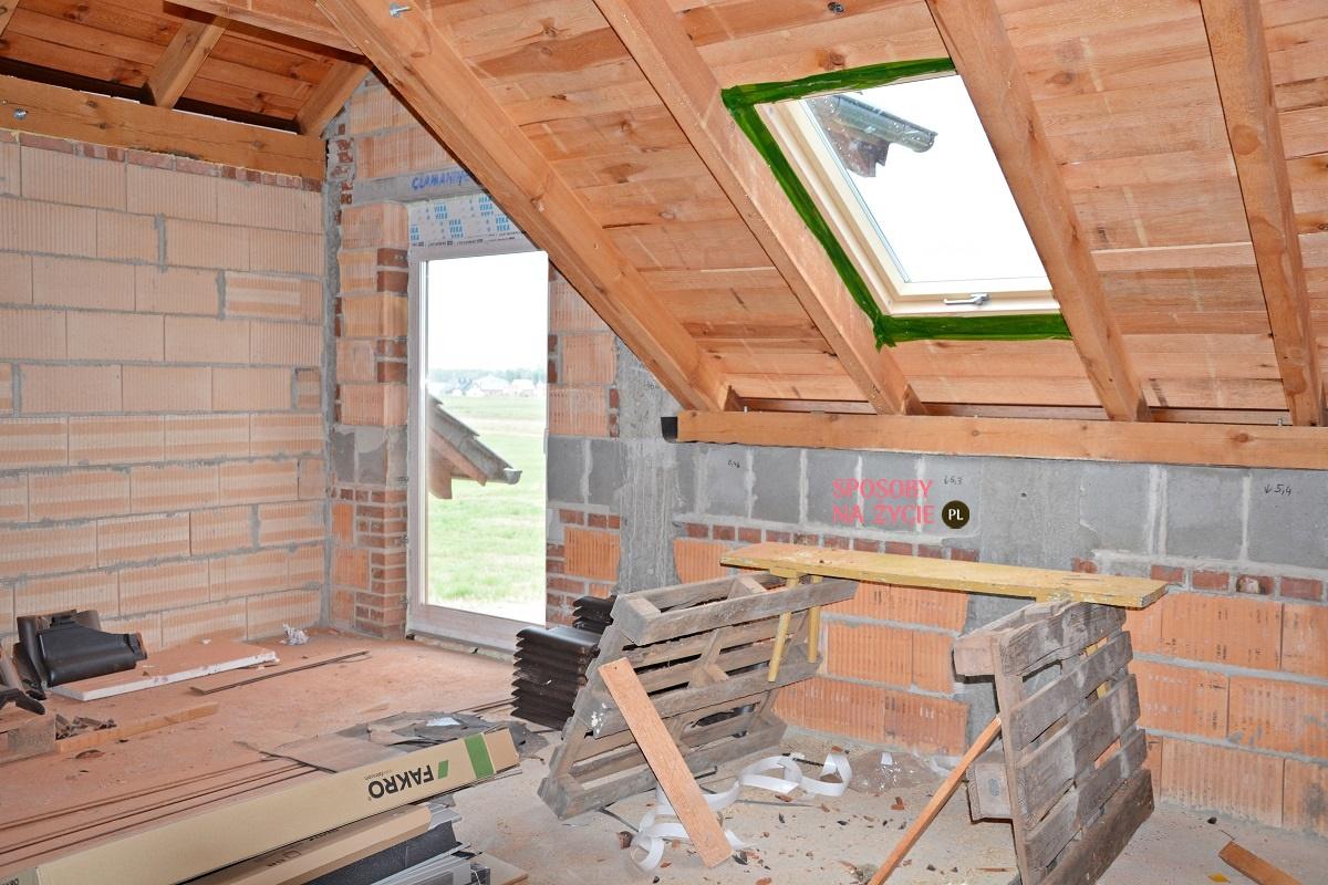 Jak wybrać okna dachowe do nowego domu?