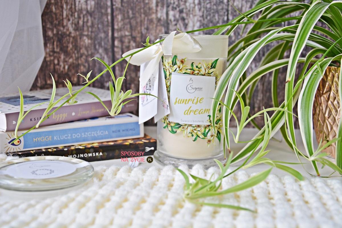 Świeca zapachowa z biżuterią Sunrise Dream Surprise Candle - moja opinia