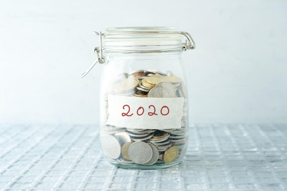 Jak oszczędzać pieniądze w 2020 roku? Praktyczne wskazówki dotyczące oszczędzania w domu i domowym budżecie