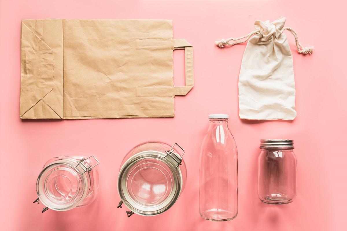Wyrzuć plastik ze swojego życia. Niekończąca się lista porad zero waste od moich babć