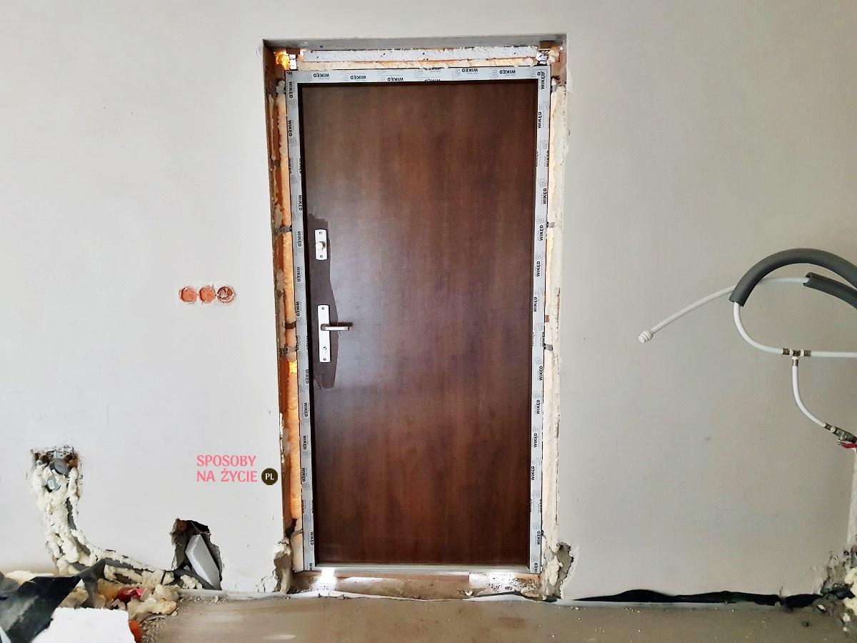 Budowa domu krok po kroku: wybór drzwi zewnętrznych do kotłowni w nowym domu