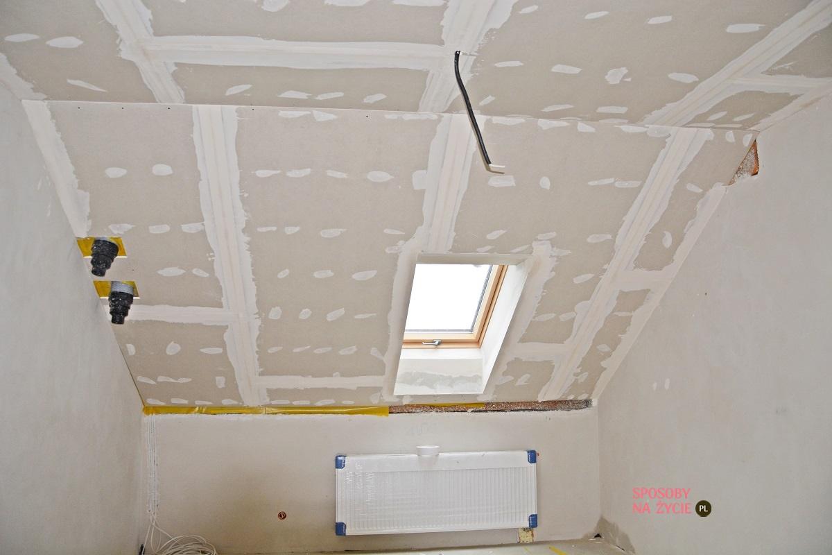 Budowa domu krok po kroku: docieplenie strychu i poddasza