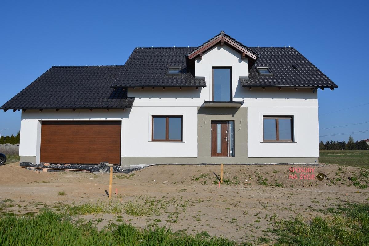 Budowa domu krok po kroku: wybór drzwi wejściowych