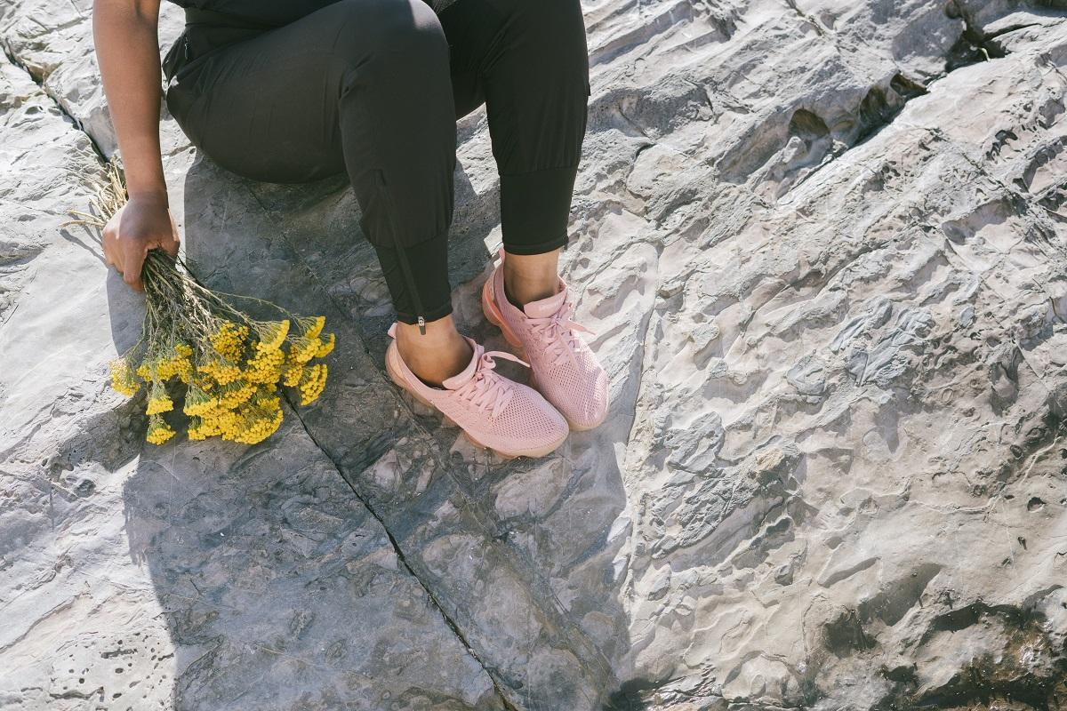 Buty na wakacje – jakie buty wybrać blog modowy buty 2020 sposobynazycie