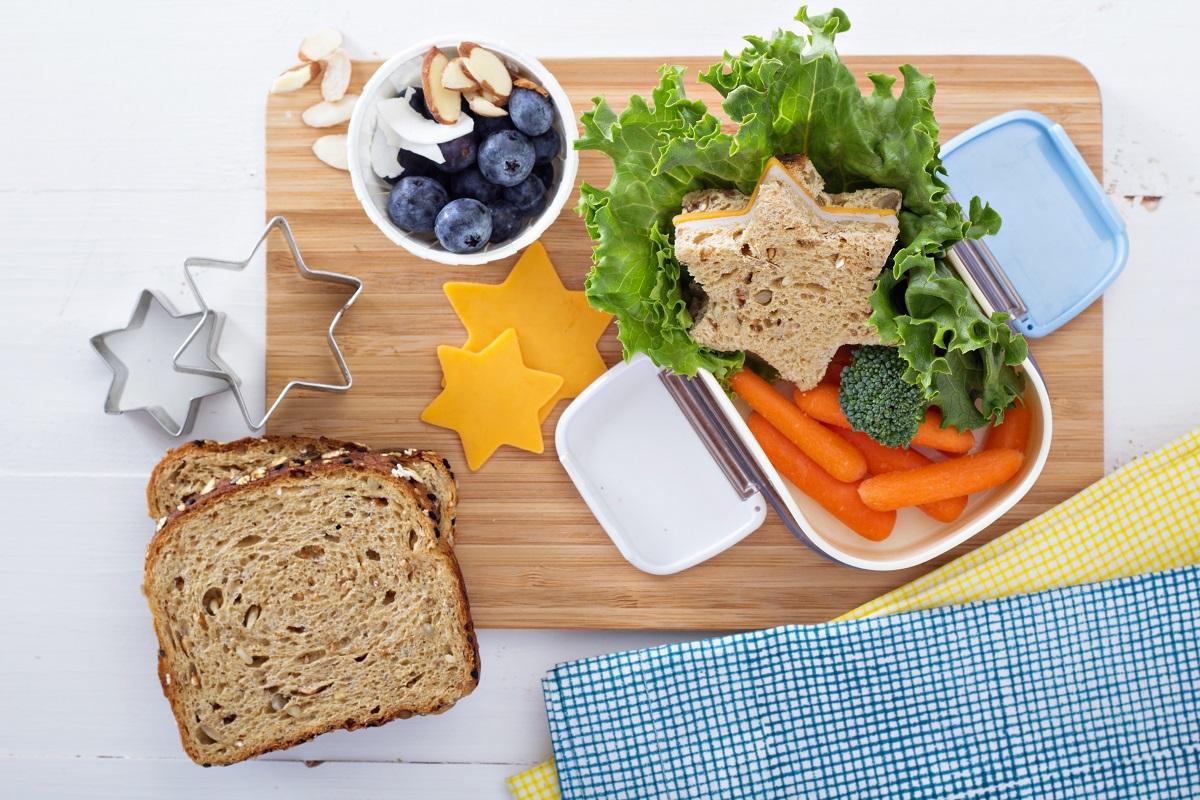 Dieta pudełkowa zalety przygotowywania domowych lunch boxów blog kulinarny sposobynazycie