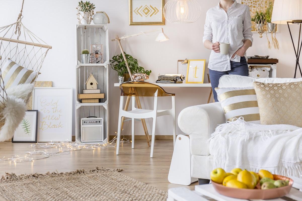 Niezbędne elementy wyposażenia domowego biura