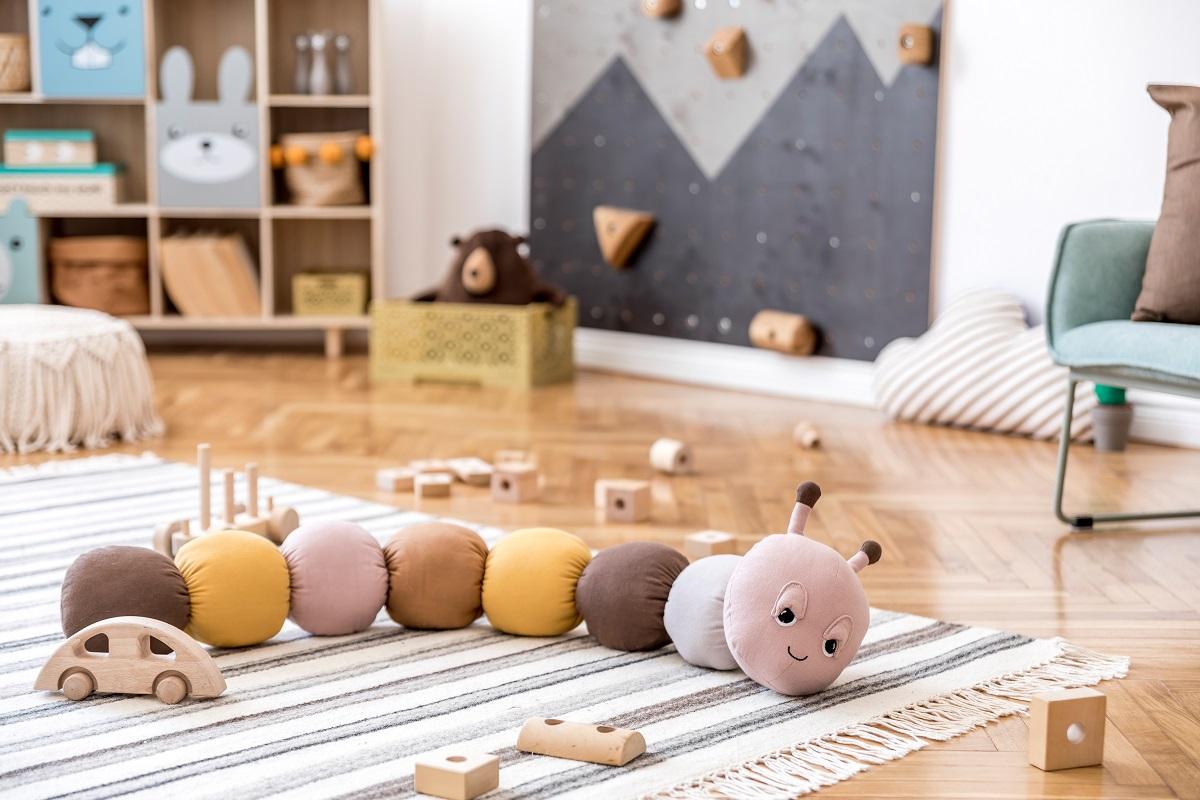 jak urządzić pokój dla noworodka - meble, wyposażenie, zabawki, dekoracje - blog sposobynazycie.pl