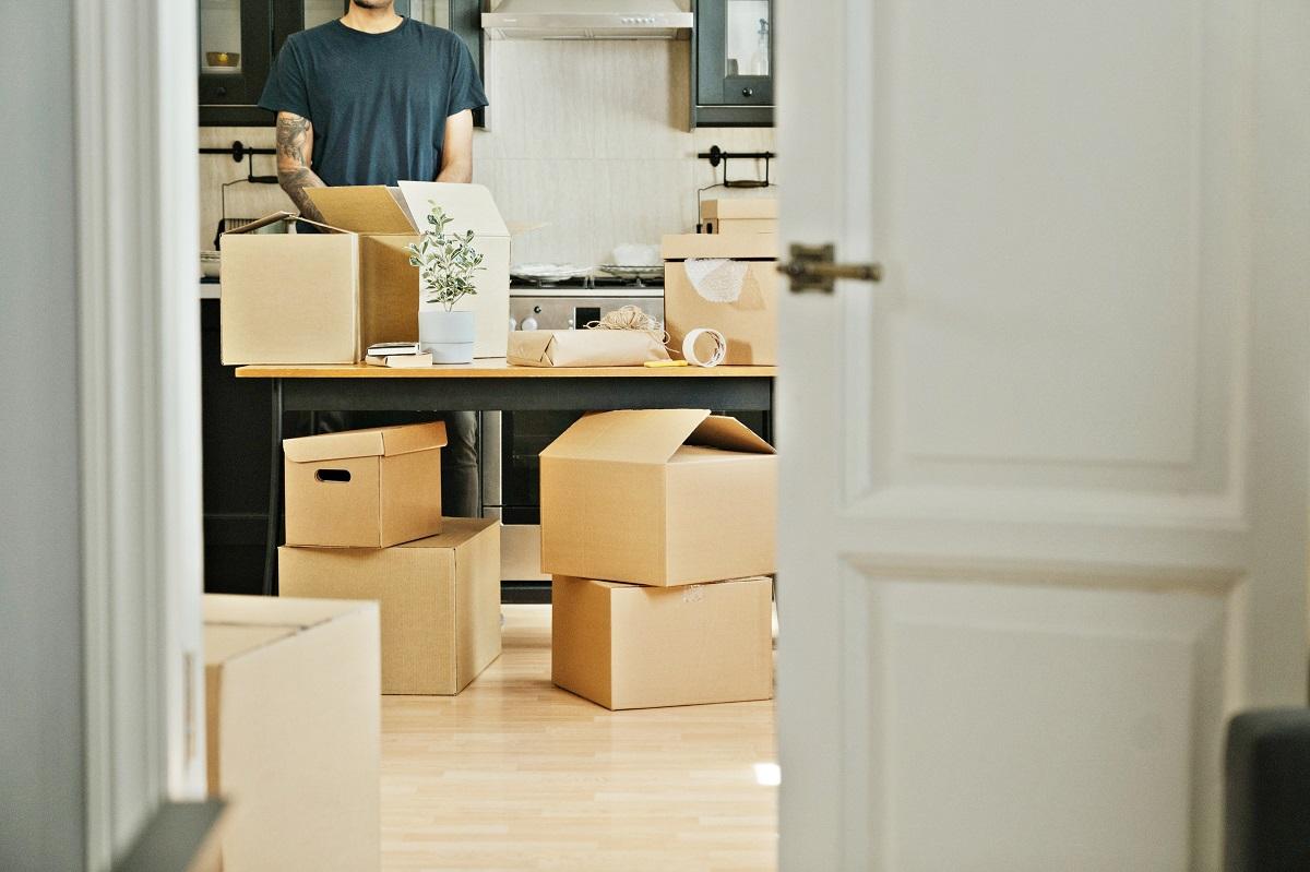 Formalności związane z przeprowadzką - lista spraw do załatwienia. Gdzie zmienić adres?