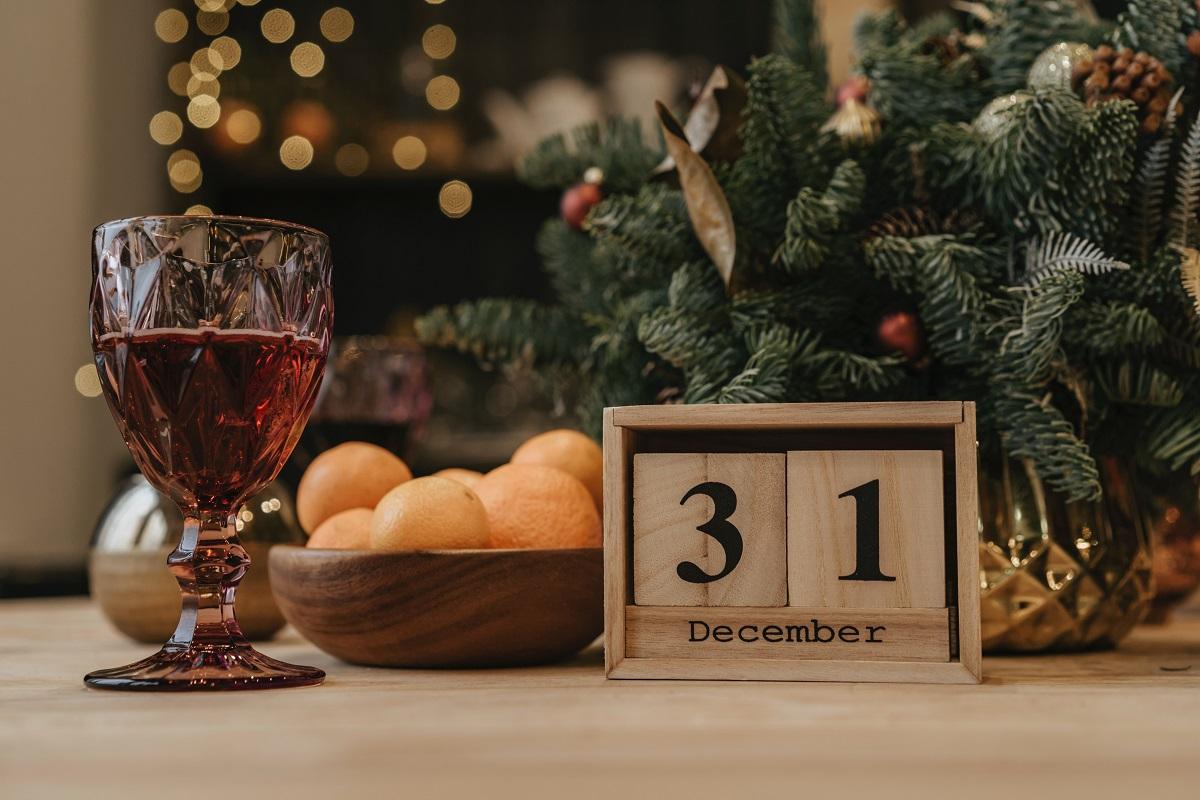 Popularne tradycje sylwestrowo-noworoczne z całego świata