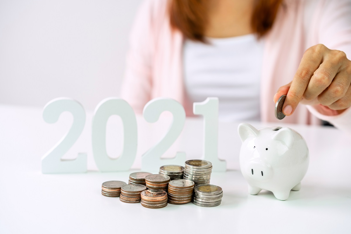 Jak oszczędzać pieniądze w 2021 roku, zadbać o domowy budżet i poprawić sytuację finansową? blog o finansach osobistych sposobynazycie.pl