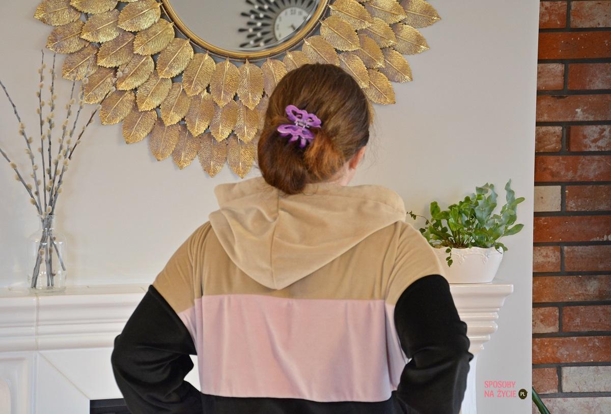 Welurowy dres w home office i nie tylko - stylowo i wygodnie