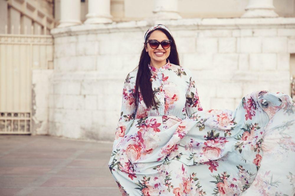 sukienki XXL na wesele najmodniejsze kreacje dla puszystych!