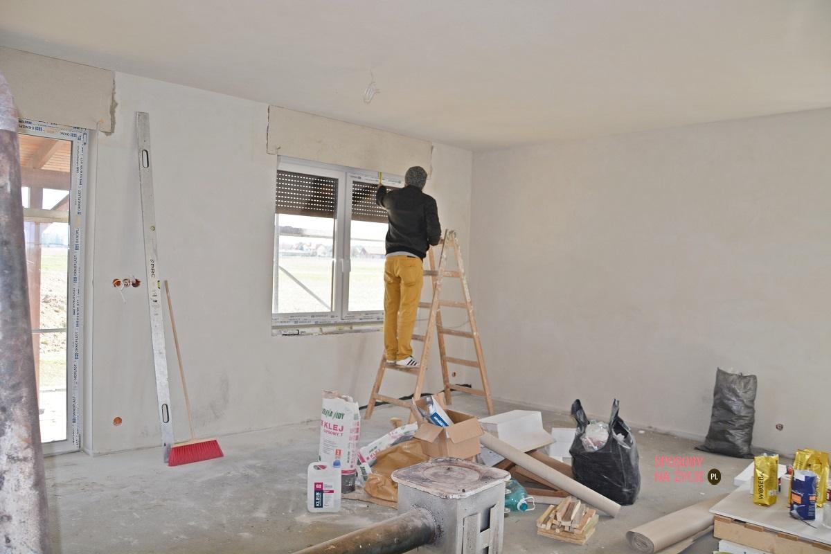 Budowa domu krok po kroku: szpachlowanie ścian